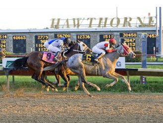 Headache grinds out a big win in Gold Cup